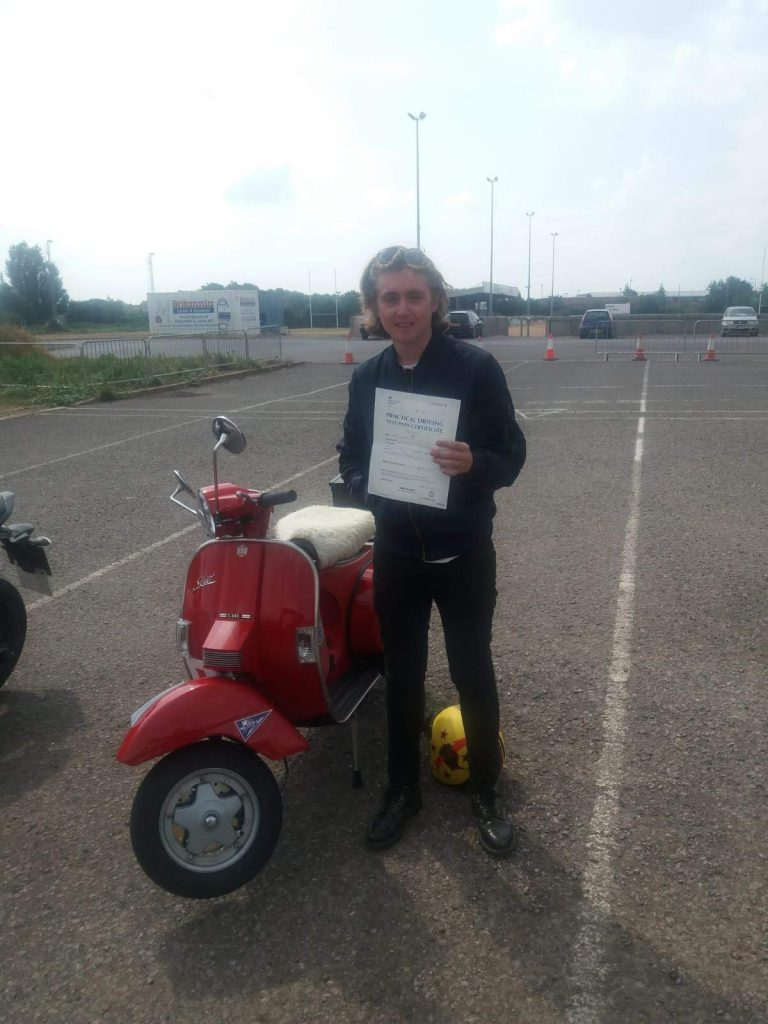 Henry from Burnham-on-sea passes A1 Mod 2 on his Vespa